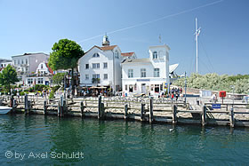 Ehemaliges Lotsenhaus in Warnem&uuml;nde</dd